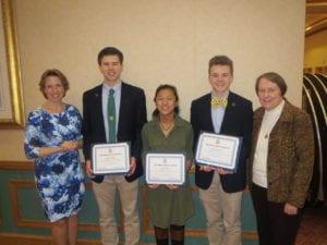 Three Receive Manus Christi Award